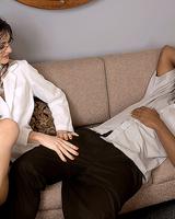 Жаркий разврат мулата со зрелой распутной женщиной