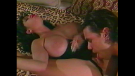 Retro porn - beauty gets fucked in every hole by a guy