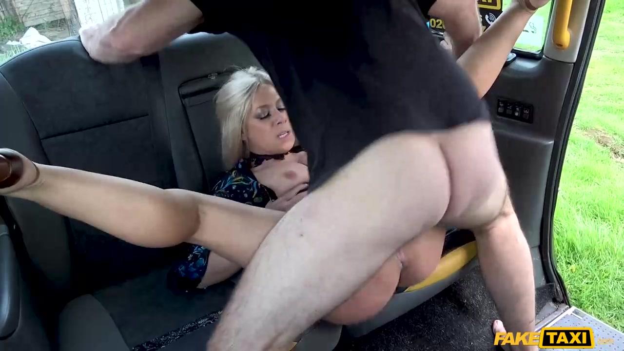 Порно В Такси В Колготках