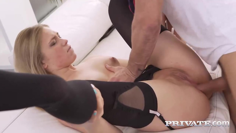 Anal pulling on dick, kurva powerfully gets a dick in the ass