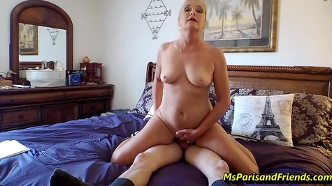 Cock for busty mom mature gets fucked by libertine