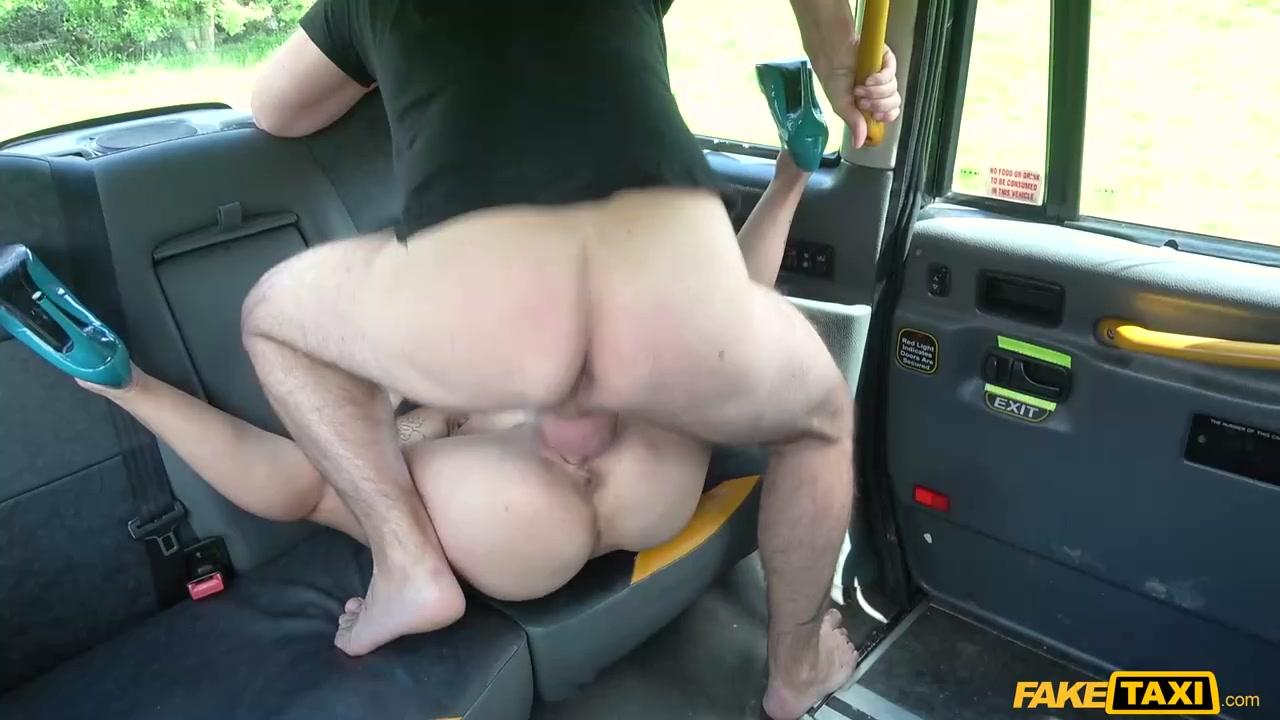 Девок порно фильм в хорошем качестве таксист трахнул пассажирку спенсер деловом костюме