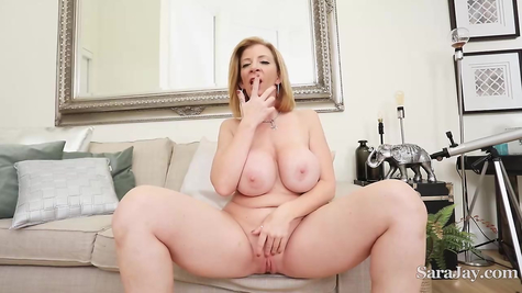 Chubby busty MILF masturbates vaginal hole