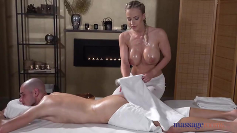 Massage & Sex Titted juicy MILF gets fucked hard