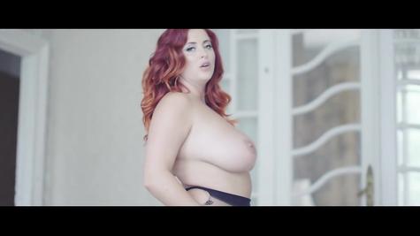 Bbw huge yummy tits solo
