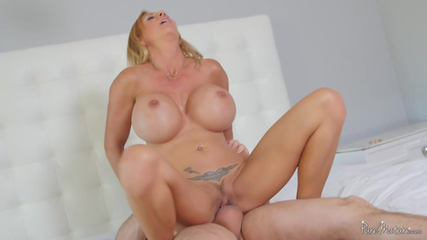 Silicone mom treats healthy penis