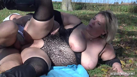 Fat skin dick derbanit and the woman moans well