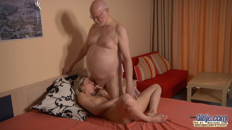 The girl fucks with an old neighbor while his wife is not at home