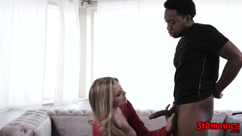 Porn star Julia Ann meets a black man's phallus