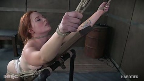 BDSM amateur ties up an experienced slut and masturbates her pussy