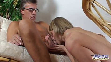 Mature man brings home a young girl and has her after blowjob