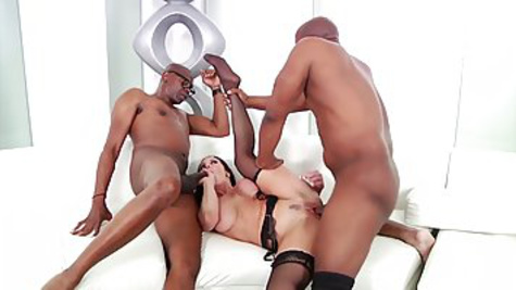 Blacks got bored, but then a mature babe came and entertained them with sex