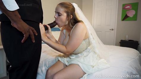 Грудастая невеста трахается с чернокожим другом мужа перед свадьбой