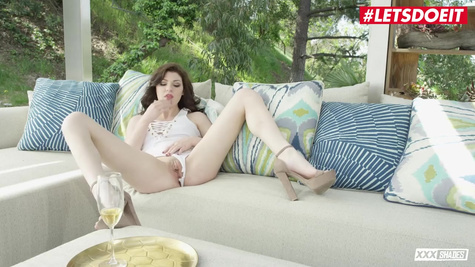 Beauty, after a glass of champagne, masturbates pussy and gives dude