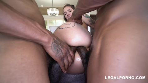 Tattooed girl gives two blacks in both holes and moans