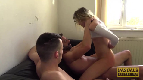 Rhiannon Ryder is a skinny blonde who likes to have a threesome sex with young guys and fucks inside pussy