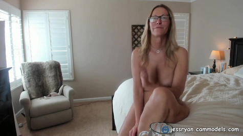 Mature and sexy blonde woman with skinny body likes to masturbate her shaved pussy every single day