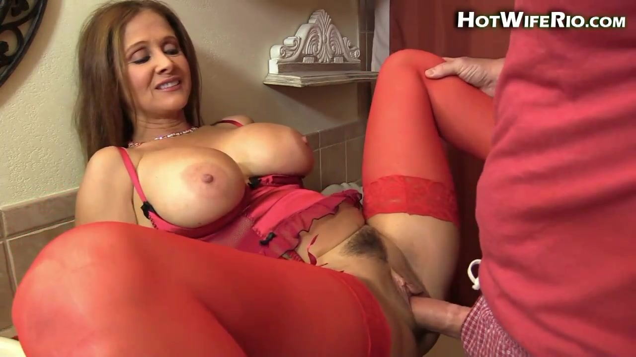 Tight Shaved Pussy Solo