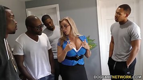 Jessi Chokes is a smashing blonde woman who likes to have an interracial sex and to suck black dicks until they explode