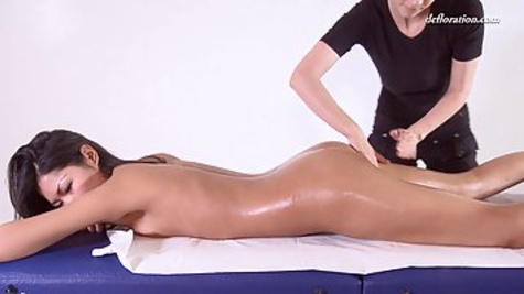 Asian virgin got extremely aroused during a massage session, so she asked for some extra service