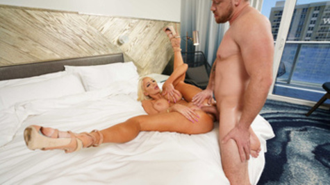 Nicolette Shea is having sex while her hubby is sleeping