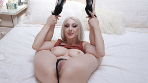 Blonde with juicy tits Skylar Vox fucked from behind