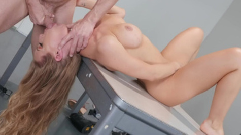 Police officer punishes perp Nicole Aniston in his cabinet