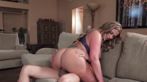 Eva Notty seeks from pizza guy tough fucking and cum on boobs