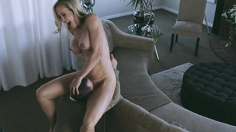Arousing Brandi Love prepared pussy and gave it to guy