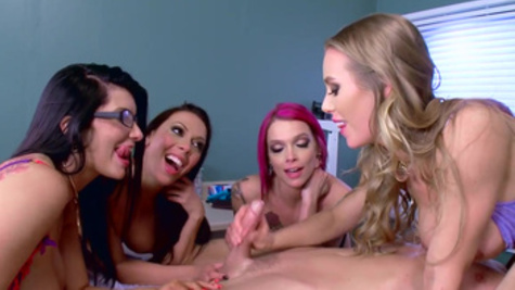 Busty pornstars in stockings share one hard dick of Johnny Sins