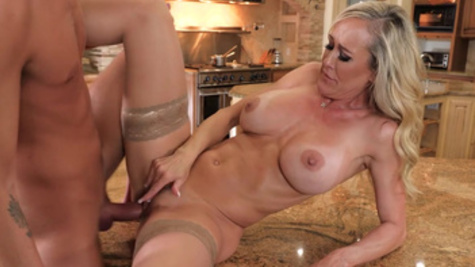 Man manages to give sexual pleasure stepmother Brandi Love