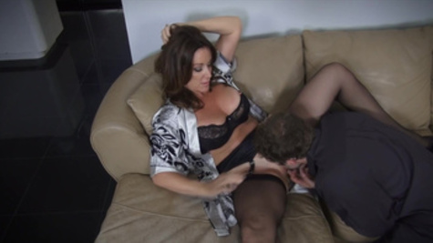 Rachel Steele, hot mom, makes magic with her pussy on younger cock