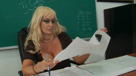 Hot teacher Brittany O'Neill gives wild cowgirl riding lessons