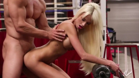 Busty Rikki Six amazes dude with lusty cowgirl riding workout