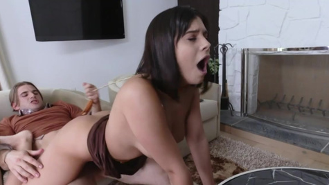 Gamer guy dreams about sex with dazzling chick Violet Starr