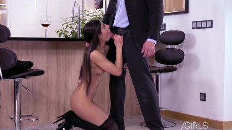 Assistant Angela Allison pleases boss with rimming during sex