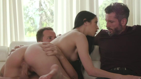 Stud impales nymph Alex Coal near her obedient hubby