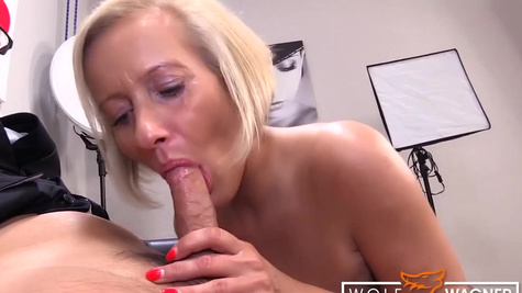 German man seduces blonde MILF Leni 78 using a lot of lotion