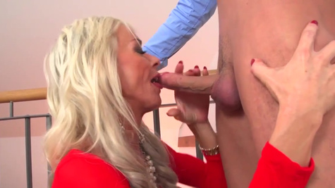 Alexis Starr brings the young hunk upstairs for coition
