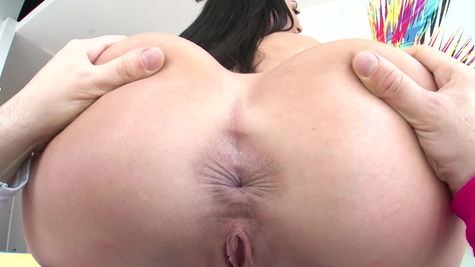 Party starts for real when Kissa Sins practices anal banging