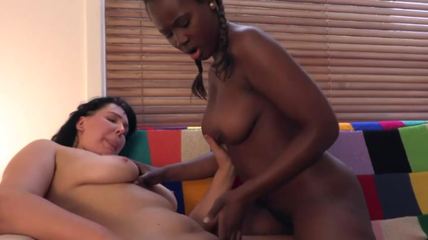 Interracial lesbian sex of playful Valentine and Karolina