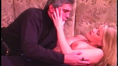 Nothing can stop young woman Lea De Mae from being penetrated