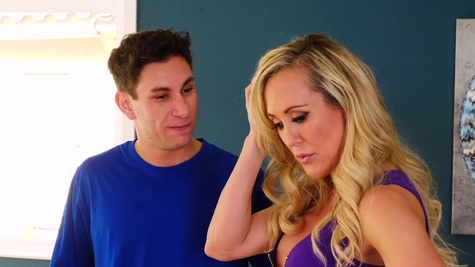 Hot mature woman Brandi Love is fucked by the younger guy