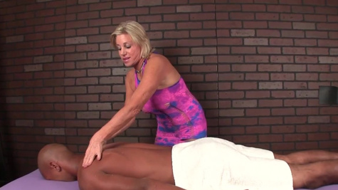 Massage parlor whore Payton Hall does it manually to client
