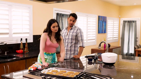 Jenna J Ross is carnal with handsome guy in the kitchen