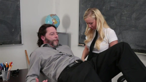 Bailey Brooke has sexual surprise for the professor