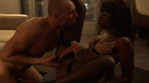 Man wants to relax and he hires the black hooker Ana Foxxx