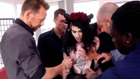 Brunette Lydia Black finds the courage to try gangbang
