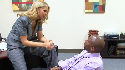 Boss Julia Ann checks black applicant's fucking skills