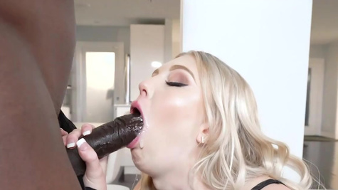 Lily Rader in Good To Be Back